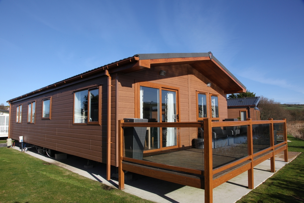 2 Bedroom Lodge, Par Sands, Dog Friendly