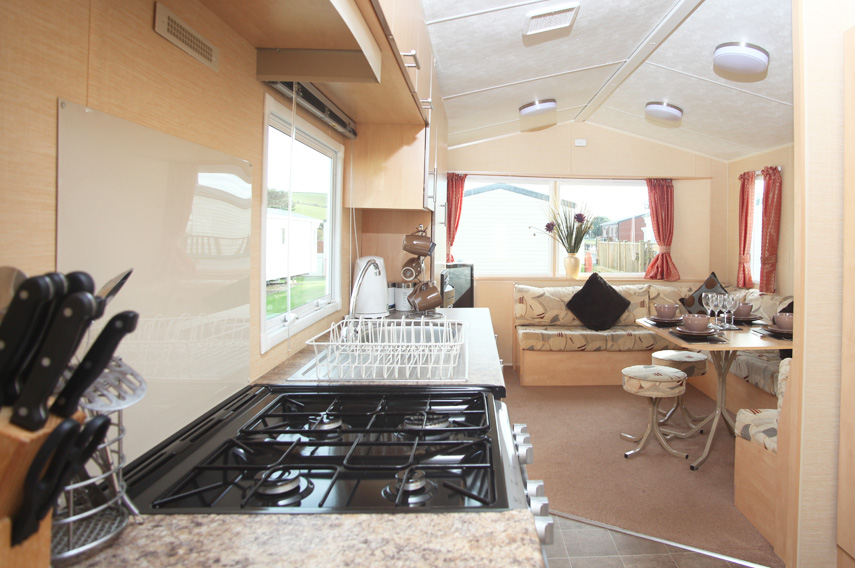 Silver 3 Bed Caravan, Par Sands Holiday Park