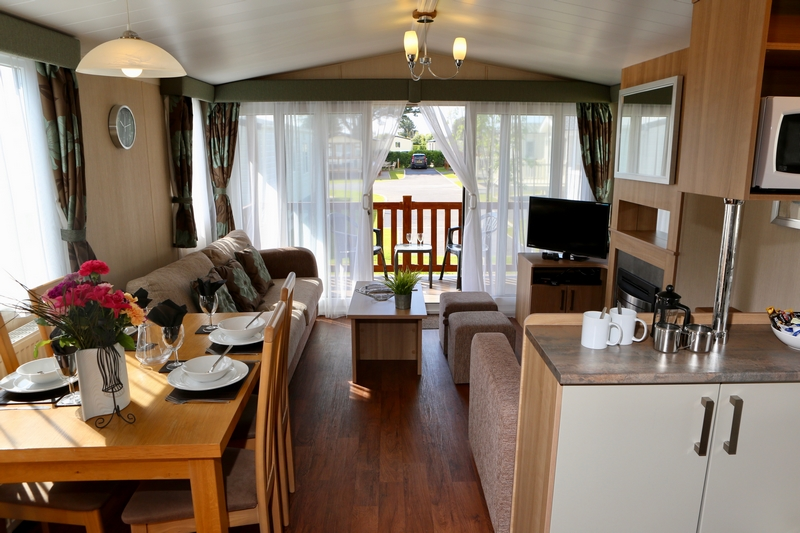 Gold 3 Bed Caravan, Par Sands Holiday Park