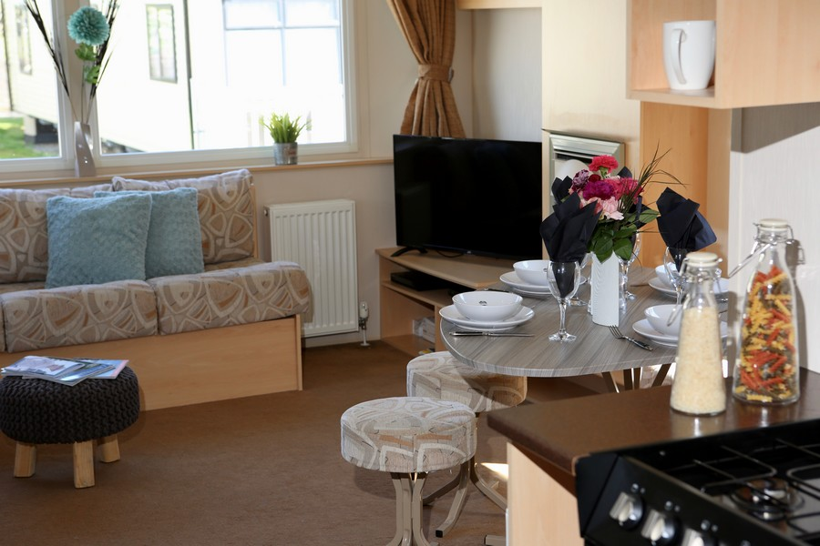 Silver 2 Bed Caravan, Par Sands, Dog Friendly