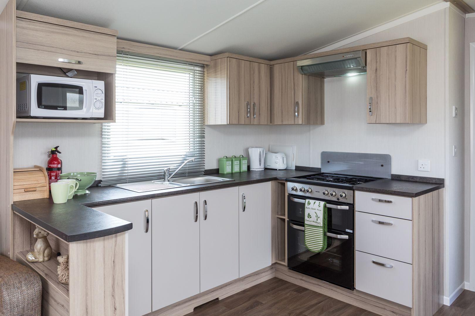 2 Bedroom Snowdrop Caravan, Pentire Coastal Holiday Park