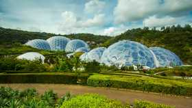the eden project domes in cornwall