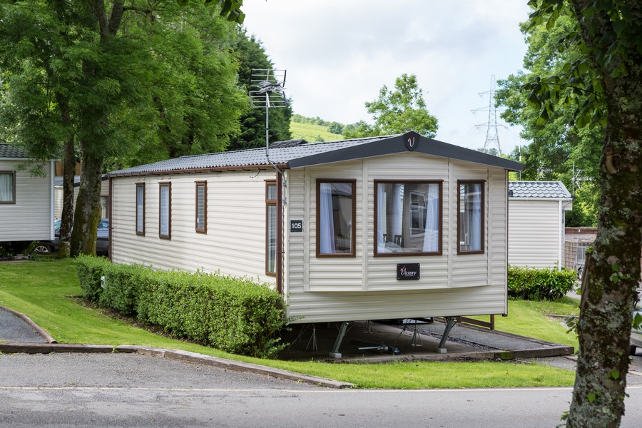 2 Bed Gold Caravan, Brynteg