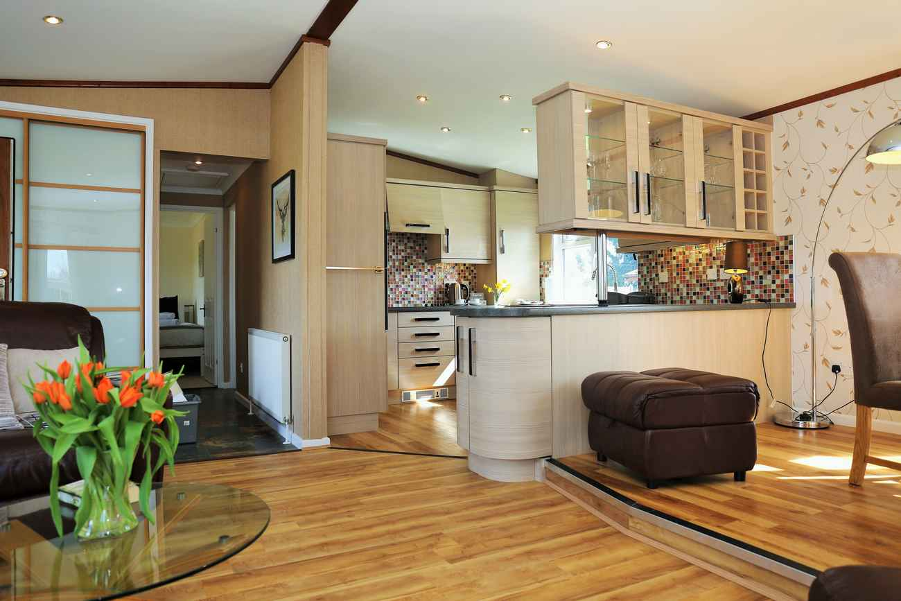 Lodge No 6, 2 Bed Pet Friendly Premium Lodge, Arrow Bank Park, nr Leominster, Herefordshire