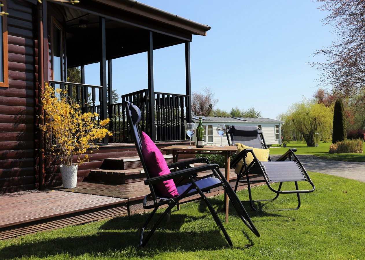 Lodge No 2, Standard 2 Bed, Pet Friendly, Arrow Bank Park, nr Leominster, Herefordshire