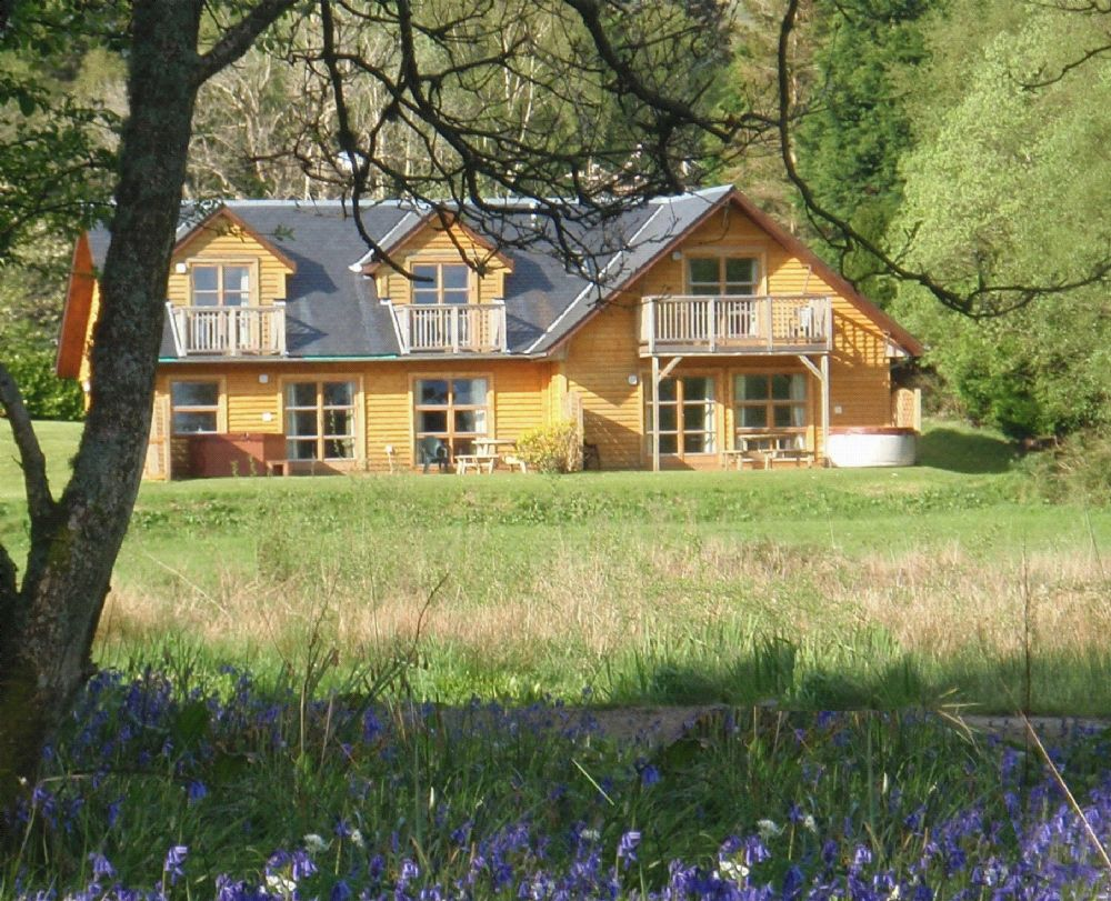 Exterior%20of%20Cawdor%20Lodge,%20Loch%20Lomond