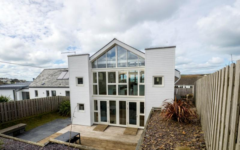 Drishti Holiday Home, Polzeath, Cornwall photo