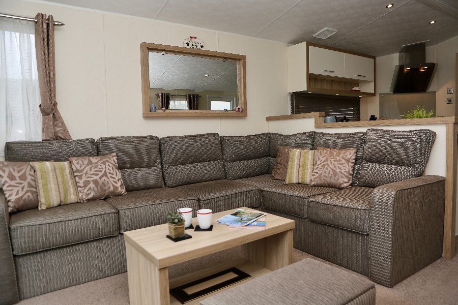Platinum Plus 2 Bed Caravan, Par Sands photo