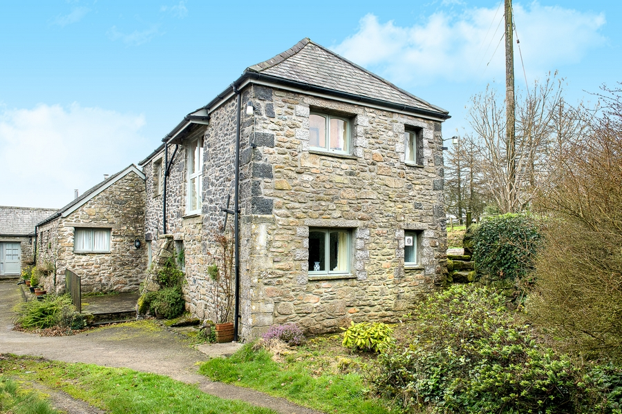 The Tallet, Mennabroom Cottages, Bodmin photo
