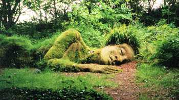 sleeping natural statue at the lost gardens of heligan