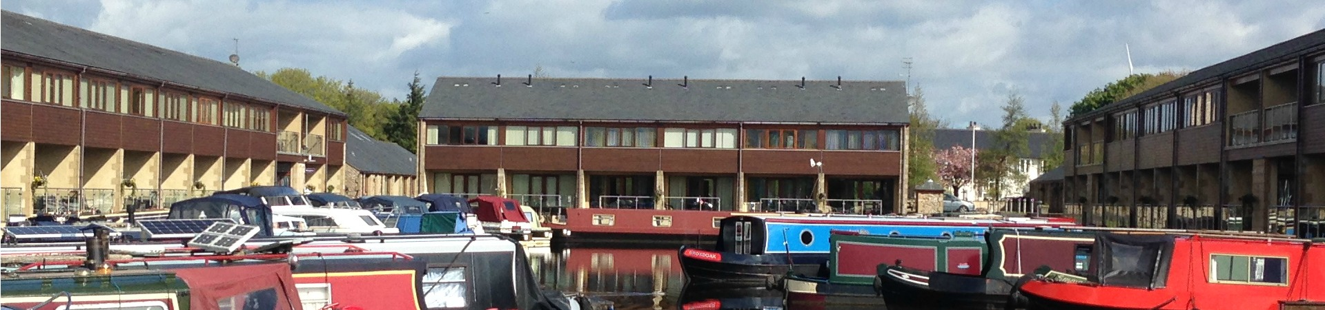 Lancaster Canal Waterside Accommodation